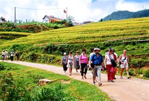 Du lịch cộng đồng: Không thể tự thân phát triển