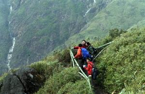 Hướng dẫn chinh phục đỉnh núi Fansipan 3.143 m