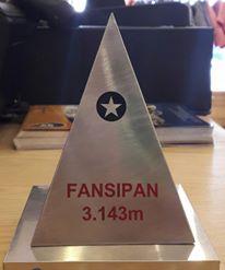 Chóp Fansipan Inox 3 cạnh có đáy